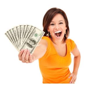 kvinde med penge